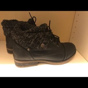 Shoes - Leather knit sweater cuff bootie